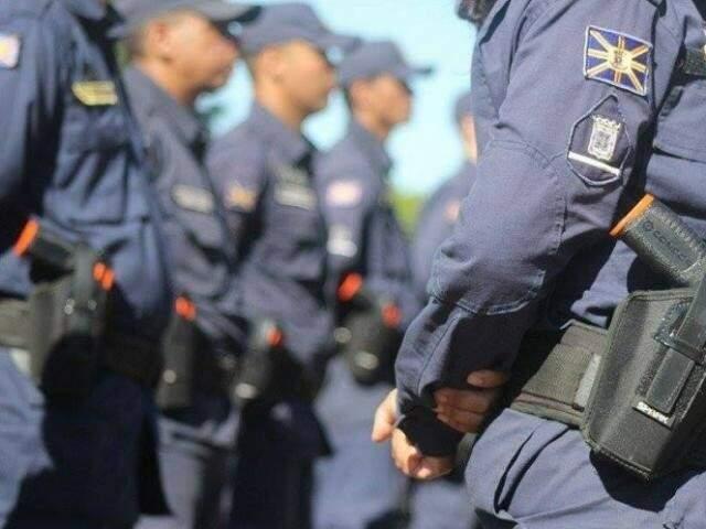 São 273 vagas abertas, com salário de R$ 1.690,02, para reforçar efetivo.