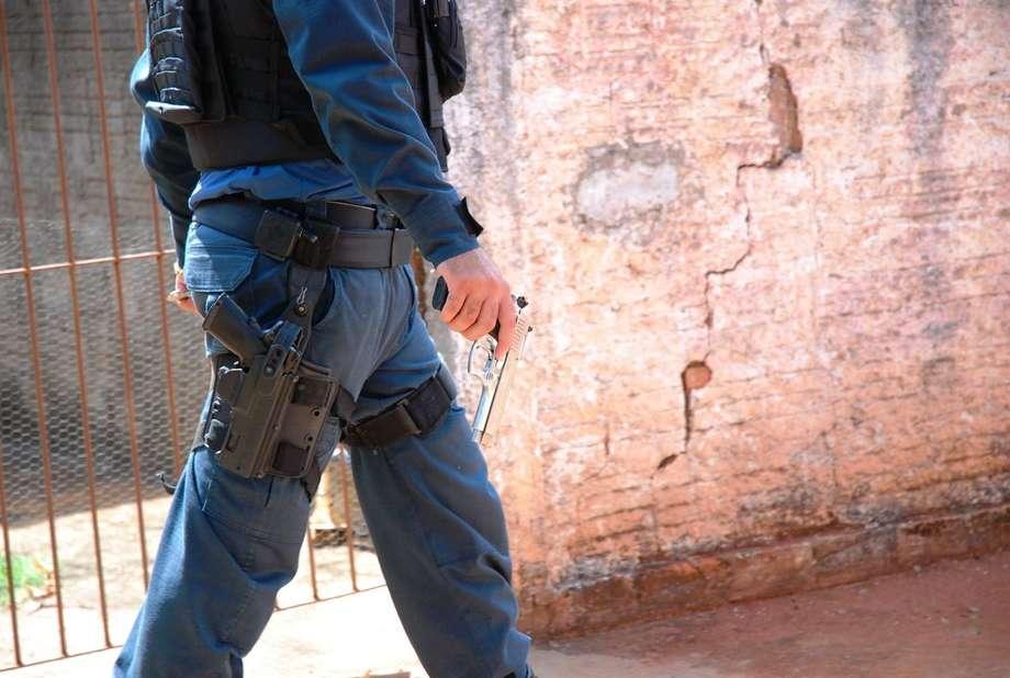 Arma usada para o crime - (Foto: Tiago Apolinário/Da Hora Bataguassu)